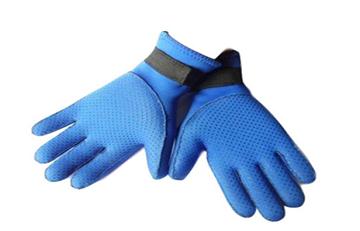 Everything You Need To Know About Neoprene Gloves